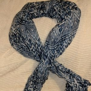 Blue and white scarf...would make a great sarong!